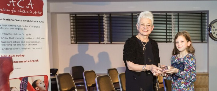 DAME JACQUELINE WILSON RECEIVES 2015 J M BARRIE AWARD